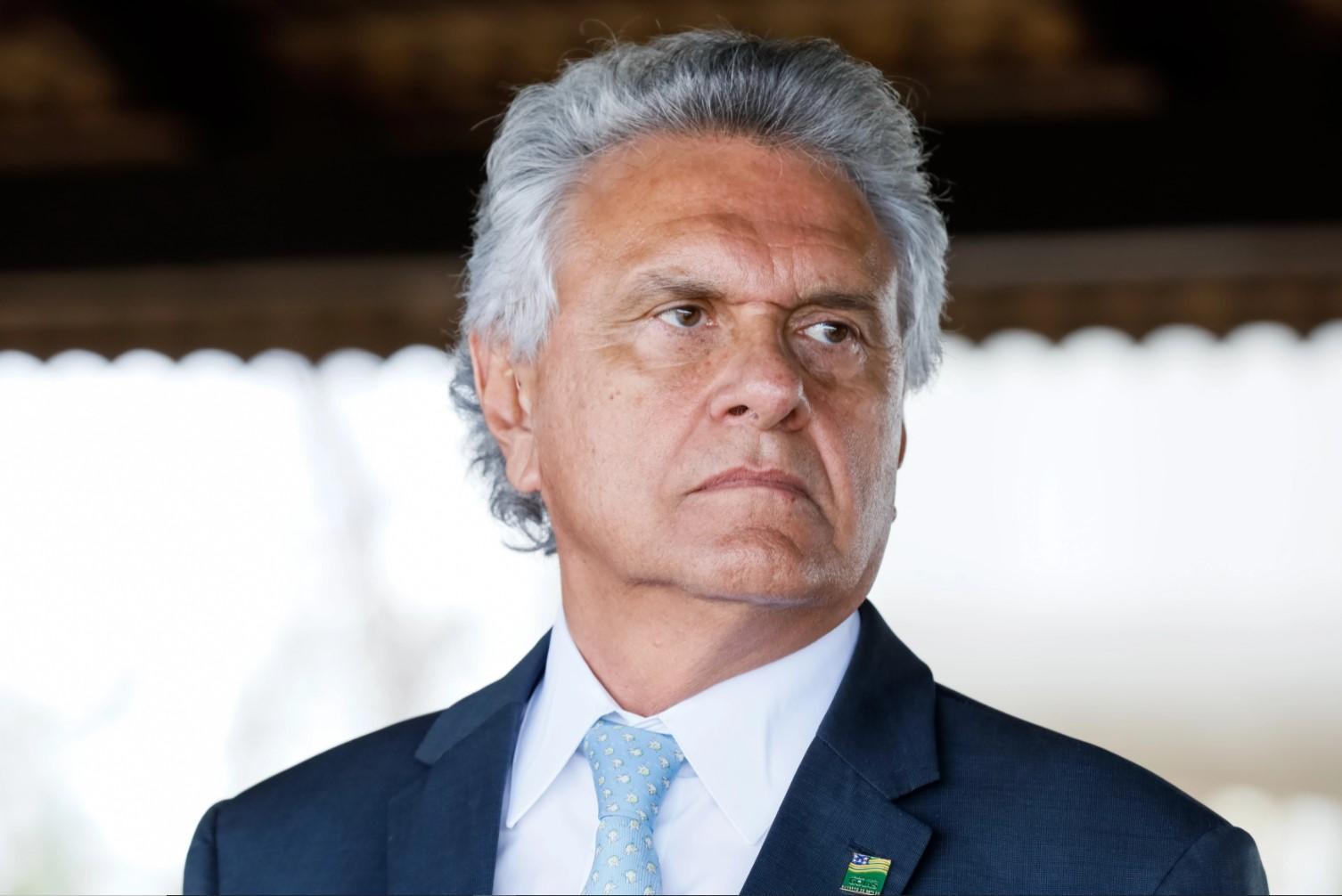 IMAGEM: 'Que Ibaneis não se atreva a desrespeitar policiais goianos', diz Caiado
