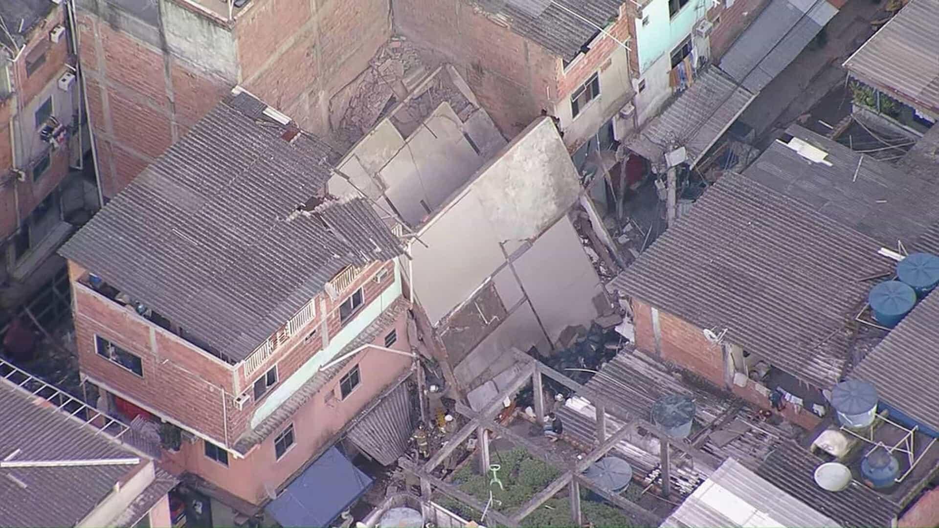 IMAGEM: Prédio que desabou em Rio das Pedras era irregular, confirma Prefeitura