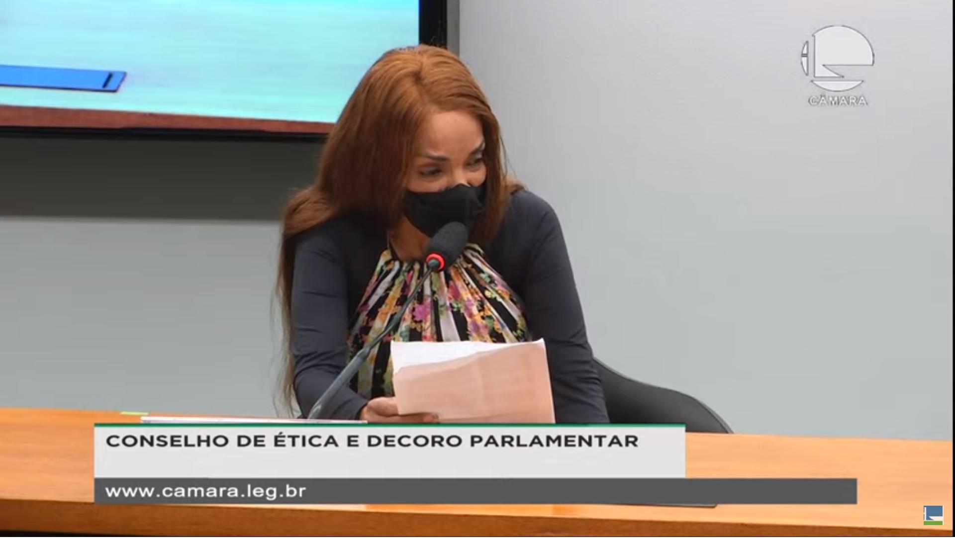 IMAGEM: Urgente: Conselho de Ética aprova cassação do mandato de Flordelis
