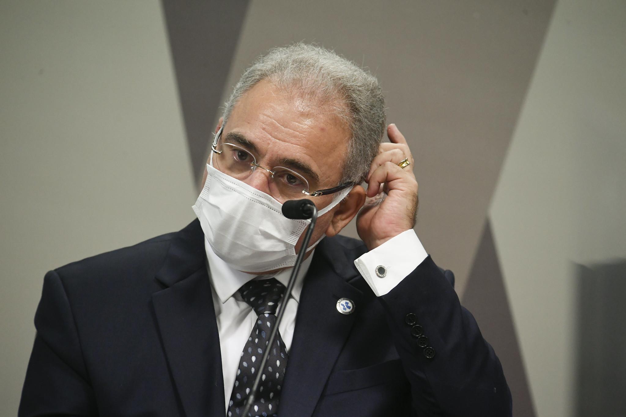 IMAGEM: Aliados de Bolsonaro criticam investigação de Queiroga e calam sobre Pazuello
