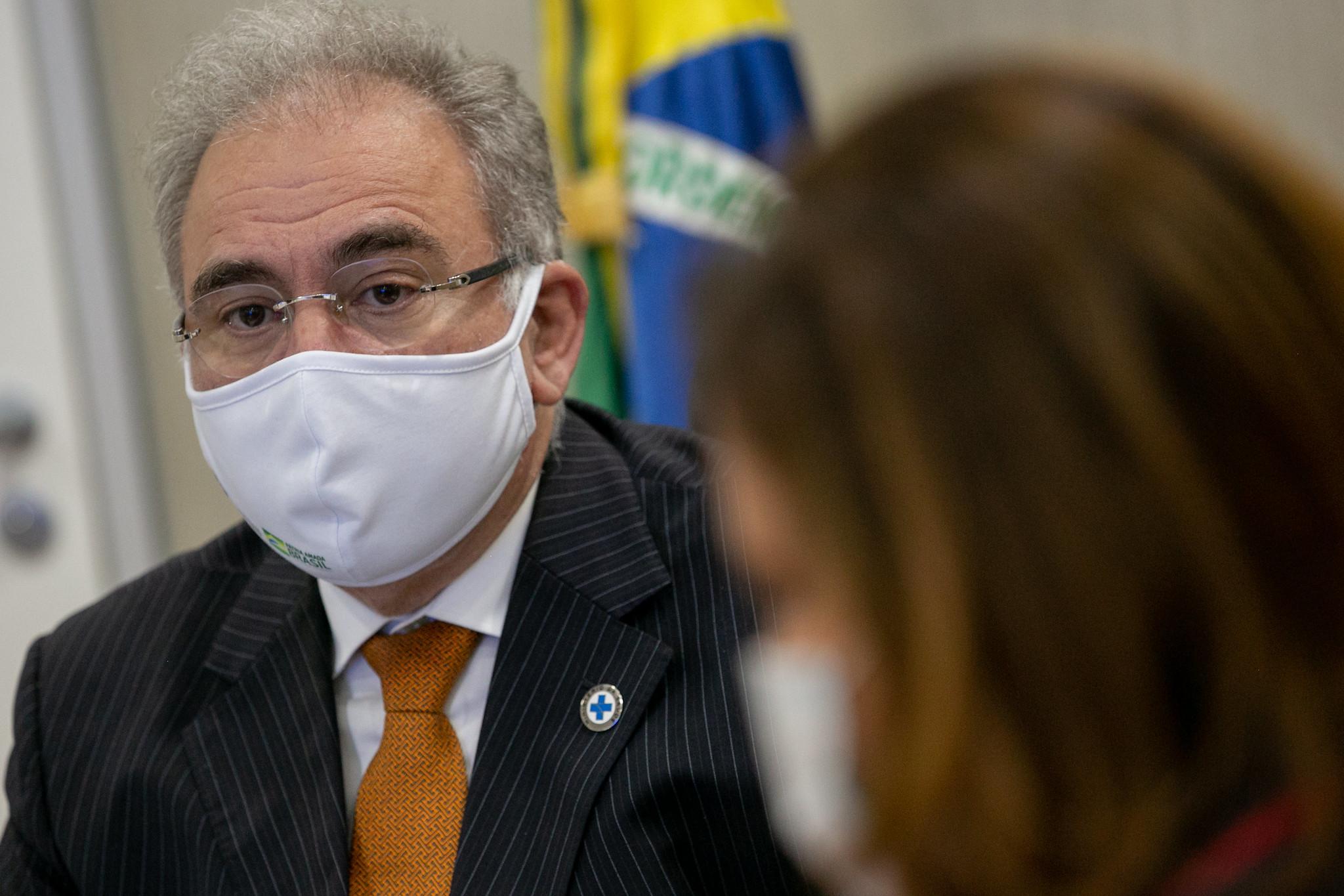 IMAGEM: Mesmo com queda na projeção de vacinas, Queiroga anuncia antecipação da meta