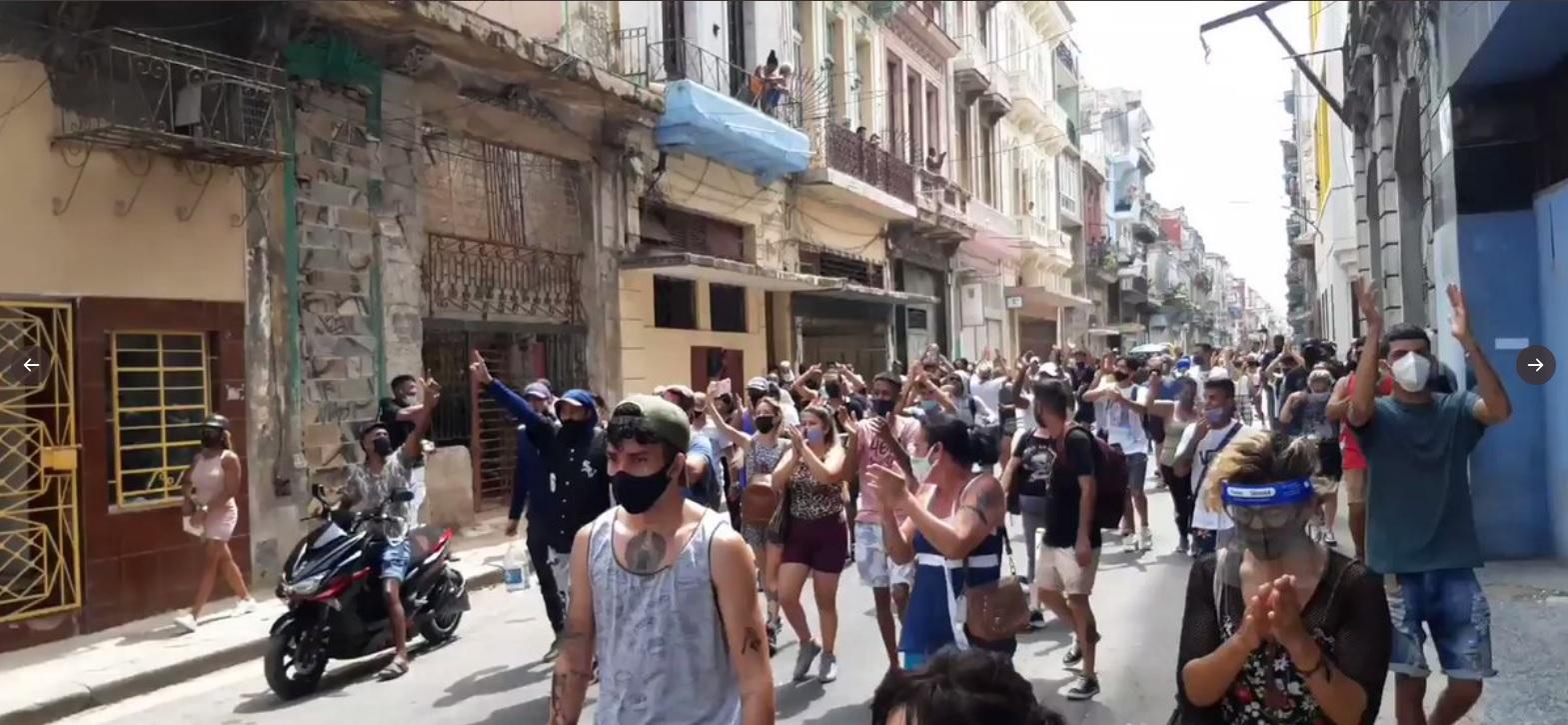 IMAGEM: Cuba prendeu pelo menos 150, diz ONG; regime admite uma morte em protestos