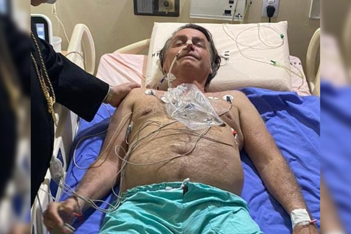 IMAGEM: Bolsonaro foi visitado pelo arcebispo militar