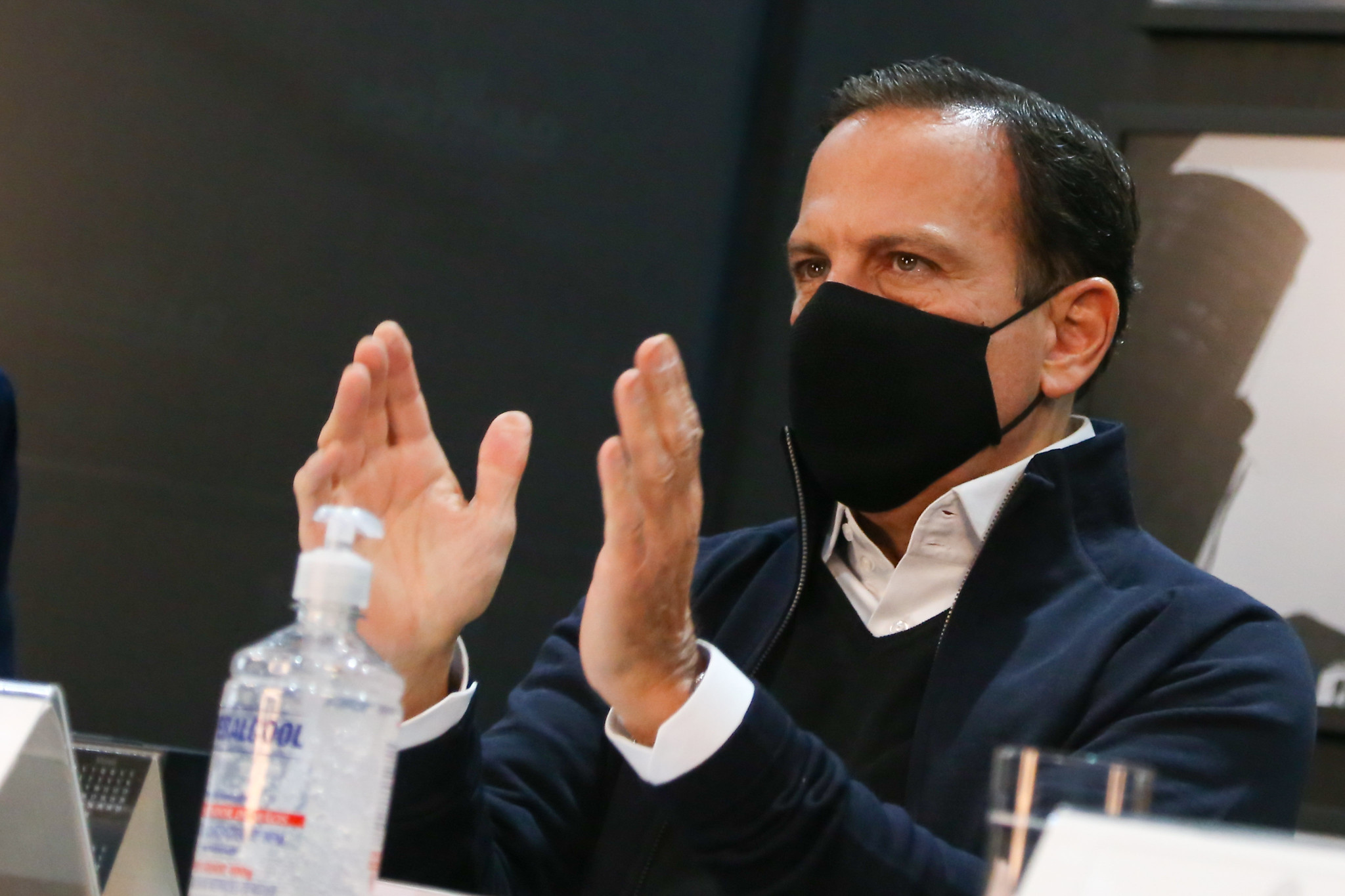IMAGEM: Doria busca apoio de ex-presidiários tucanos