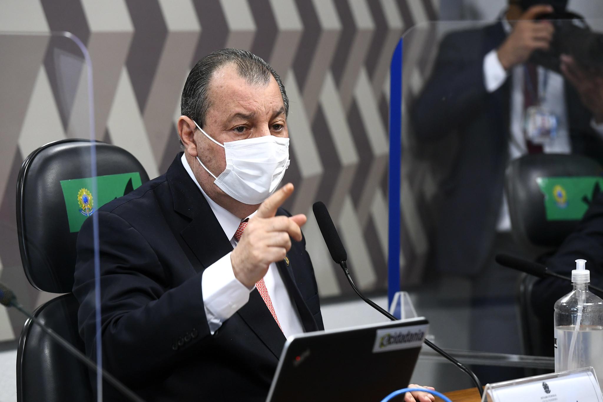 IMAGEM: Omar Aziz diz que é contra impeachment de Jair Bolsonaro