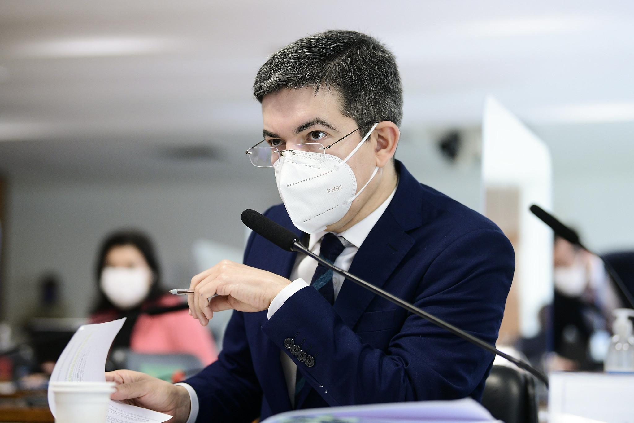 IMAGEM: Vice da CPI defende prazo para Saúde explicar suspensão de vacinação de adolescentes