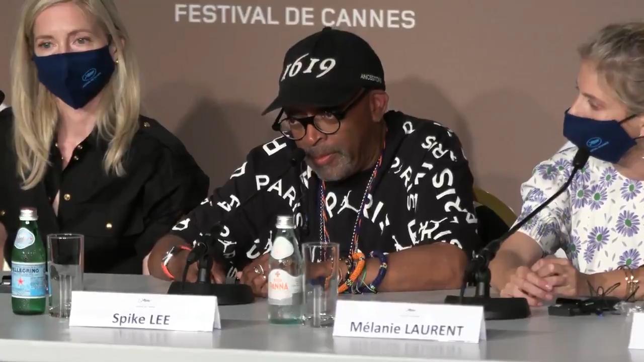 IMAGEM: Spike Lee chama Bolsonaro de 'gângster' no Festival de Cannes