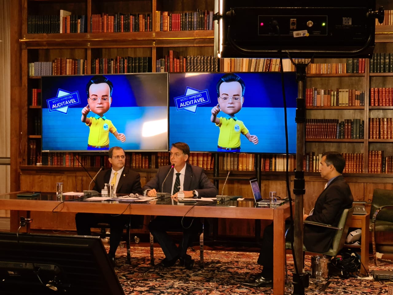 IMAGEM: Coronel que esteve em live de Bolsonaro com mentiras sobre TSE ganha cargo
