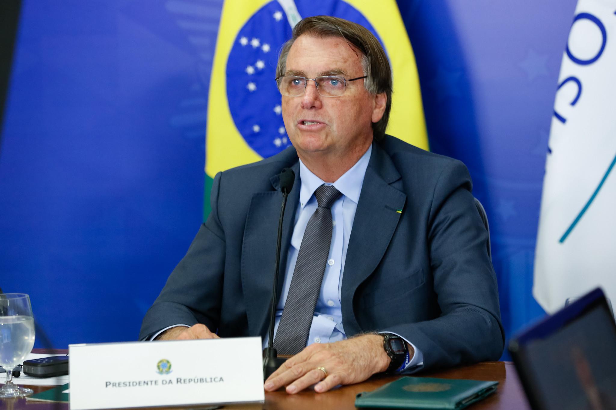 """IMAGEM: """"Tem gente no Brasil que apoia Cuba"""", diz Bolsonaro após atos contra Miguel Díaz-Canel"""