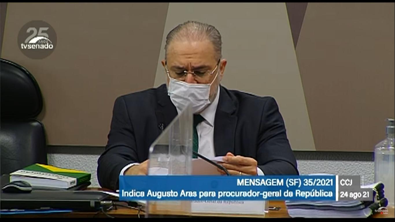 """IMAGEM: Aras diz ter acompanhado """"cada uma das fases"""" da pandemia"""
