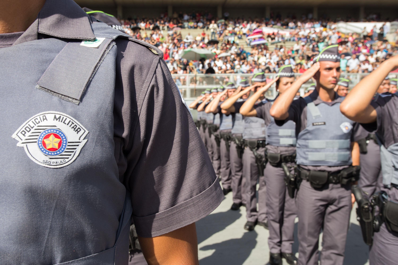 IMAGEM: Chefe do MP-SP recomenda até uso da força para conter policiais em ato bolsonarista