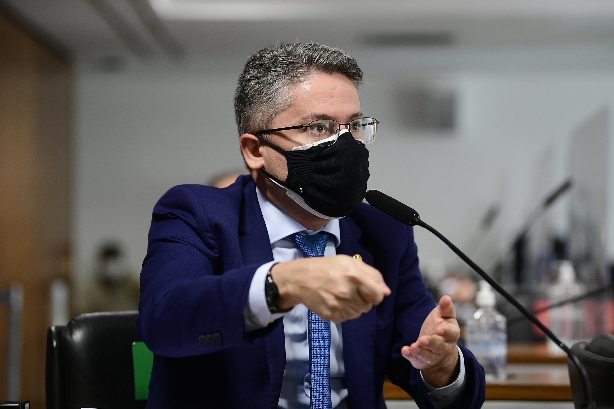 IMAGEM: Alessandro Vieira volta a pedir CPI da Rachadinha