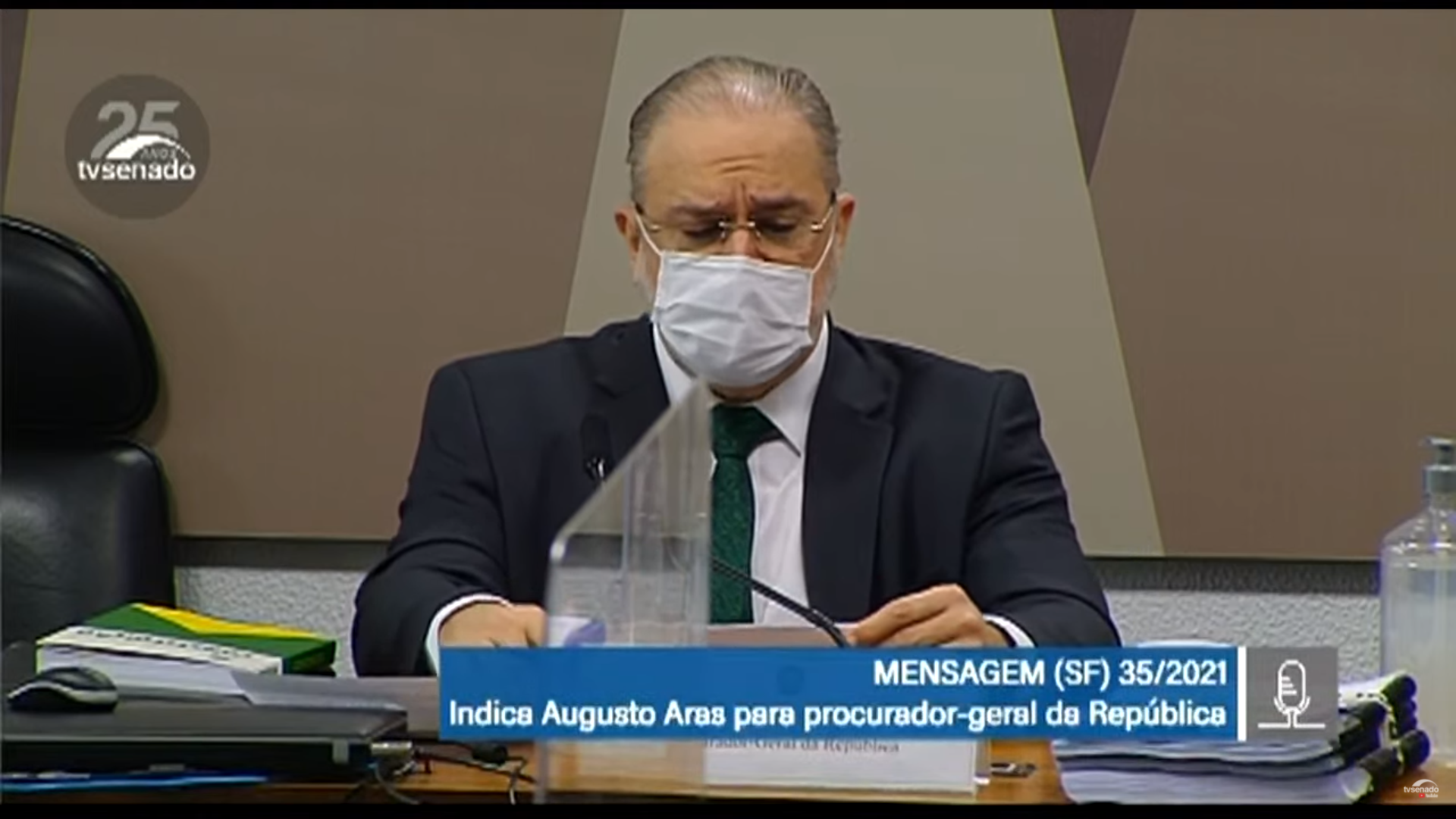 """IMAGEM: Em busca de recondução, Aras volta a atacar Lava Jato: """"Não se revelou sustentável"""""""