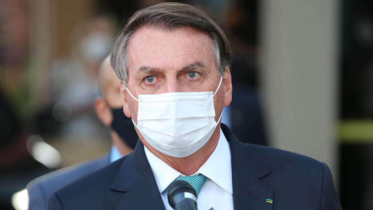 IMAGEM: Antes de divulgar nota, Bolsonaro falou com Moraes por telefone