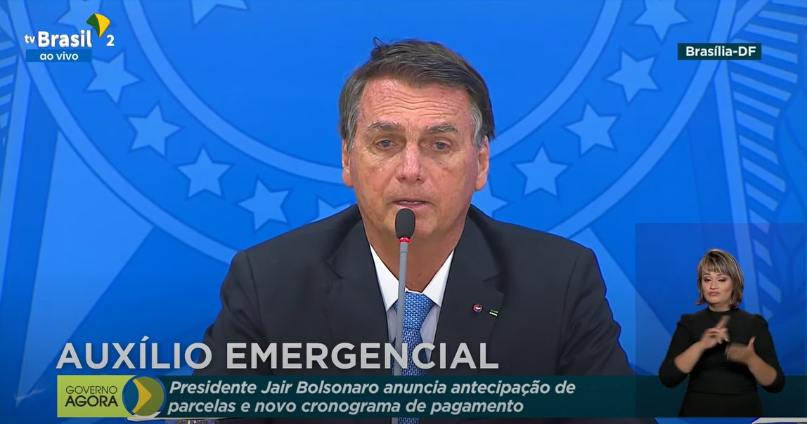 IMAGEM: Bolsonaro anuncia extensão do auxílio emergencial até outubro