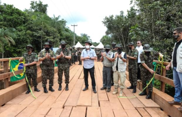 IMAGEM: Bolsonaro gastou R$ 711 mil em viagem para inaugurar ponte que custou R$ 255 mil