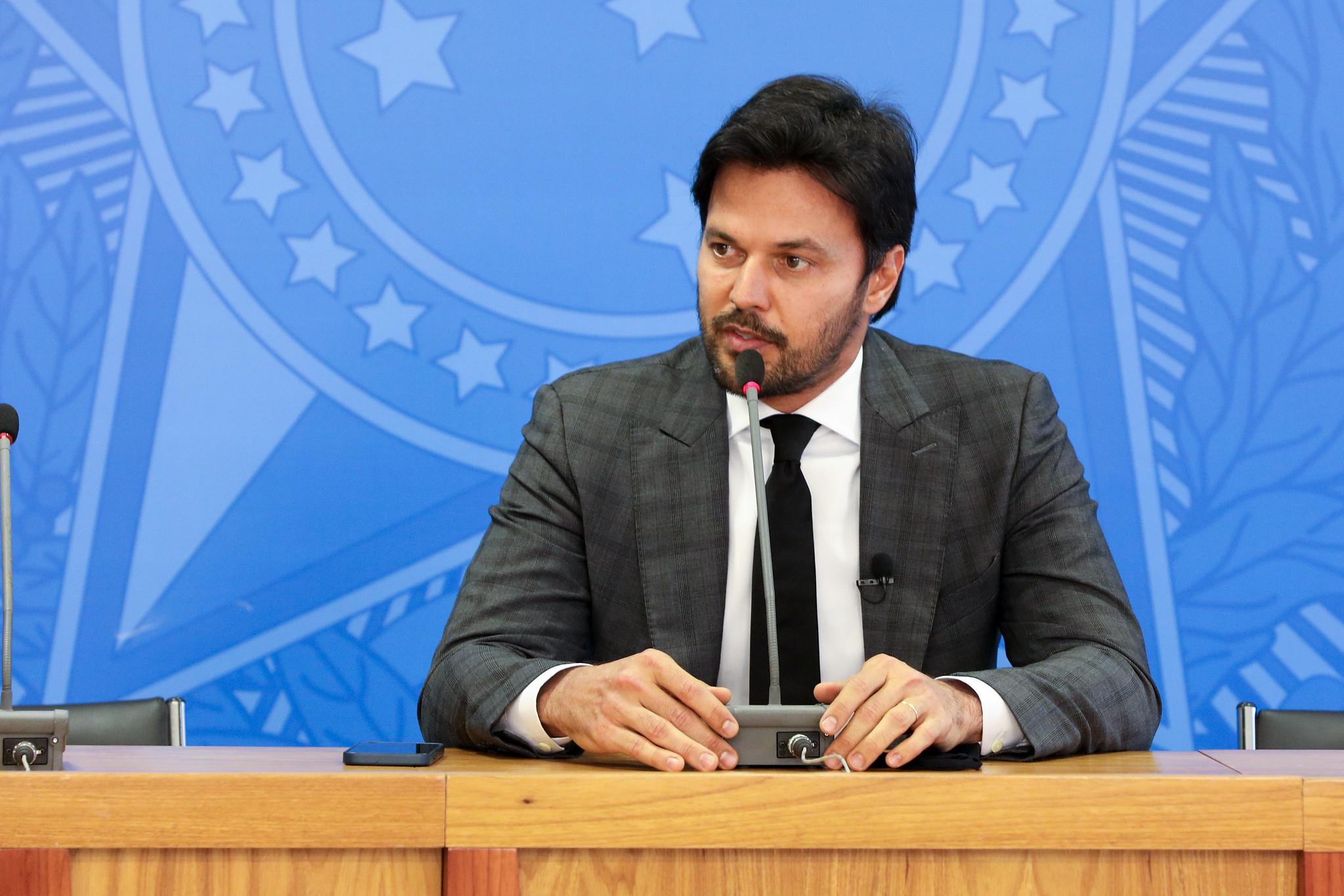 IMAGEM: Ministro da Propaganda fala em rede nacional