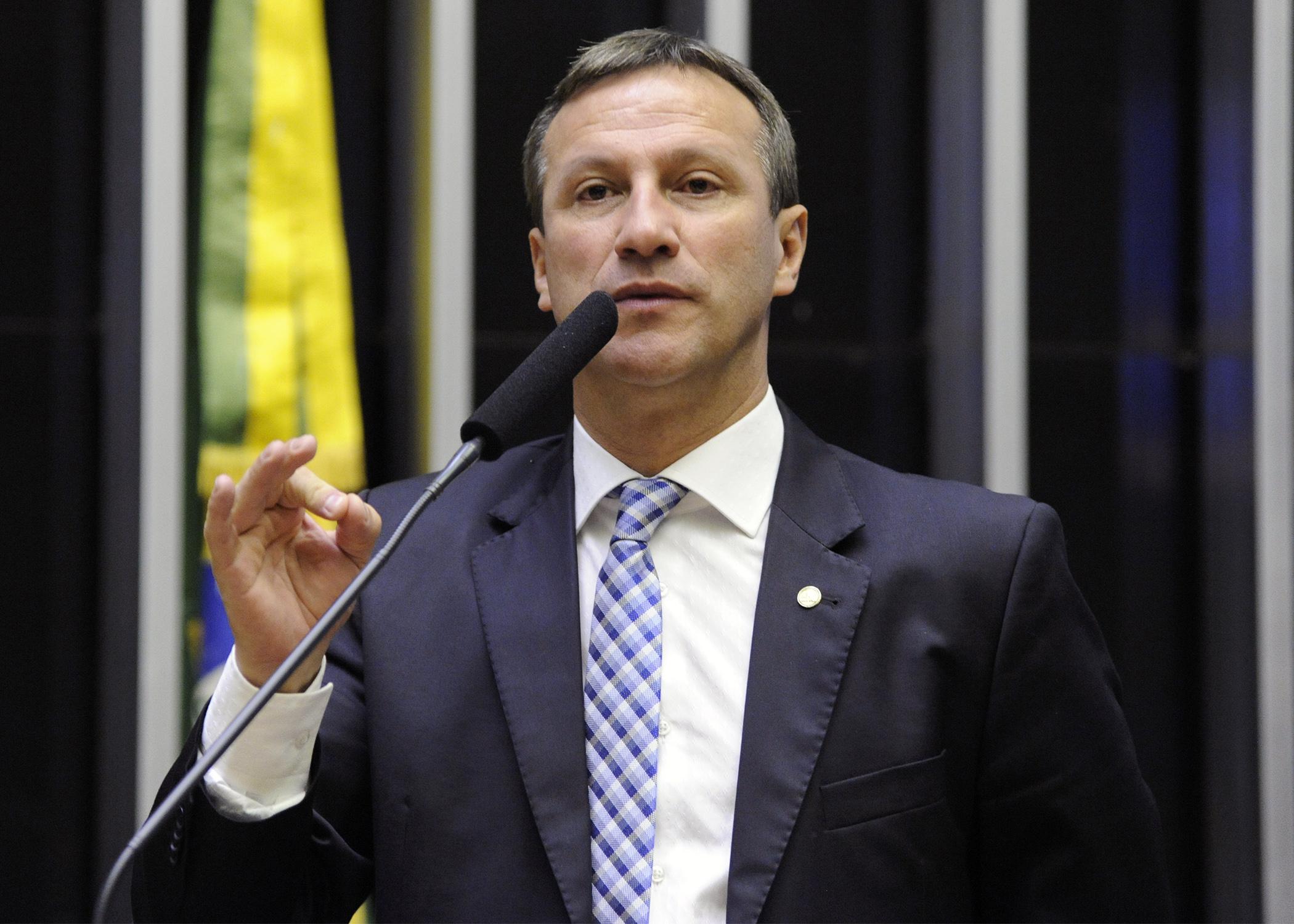 """IMAGEM: """"Novo Código Eleitoral é medida casuística e draconiana"""", diz vice-líder do governo"""