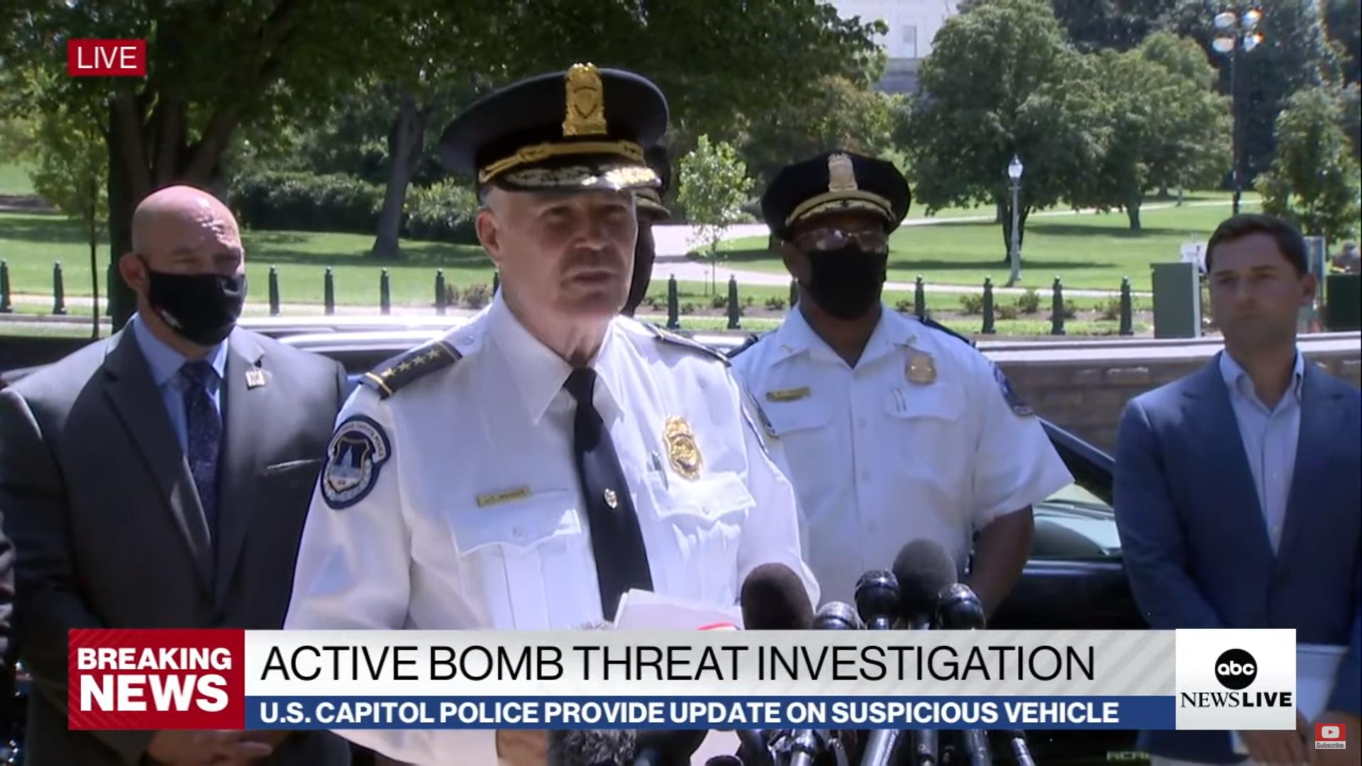 IMAGEM: Polícia do Capitólio negocia com homem que disse ter bomba perto da Biblioteca do Congresso