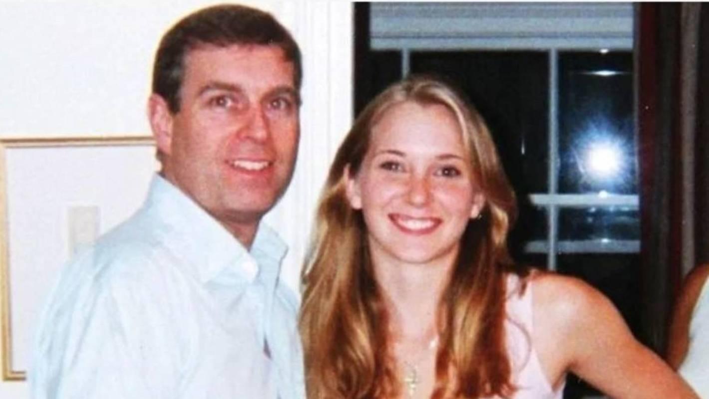 IMAGEM: Príncipe Andrew é processado por suposto abuso de menor
