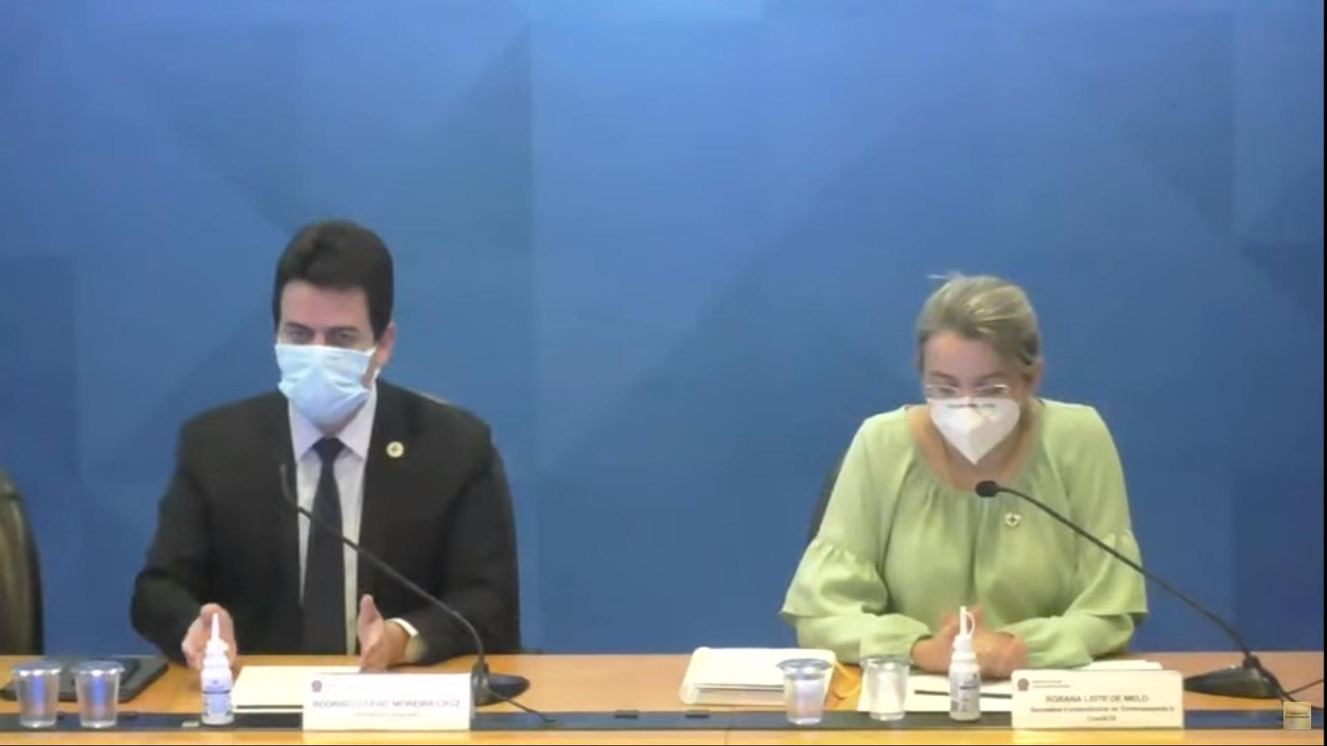 IMAGEM: Secretária diz que SP pode buscar vacinas no Butantan, mas Doria reclamou de falta de Pfizer