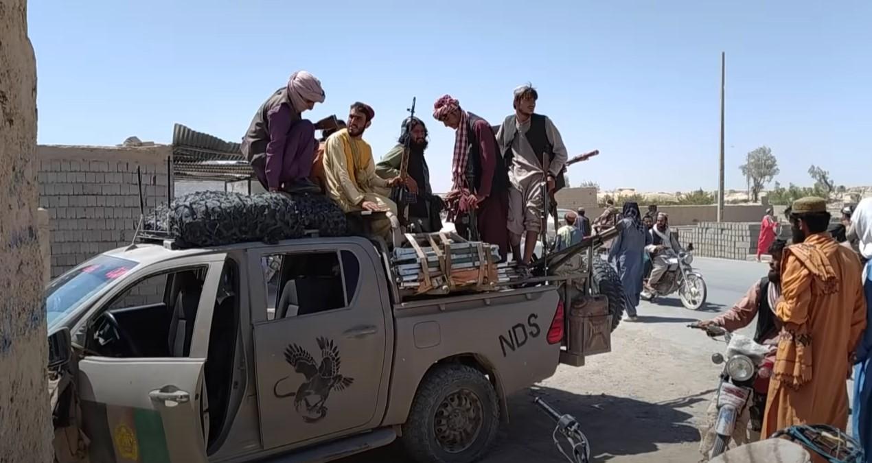 IMAGEM: Pense nas meninas e mulheres do Afeganistão