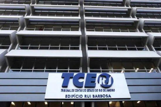 IMAGEM: Apesar da crise fiscal, TCE-RJ aprova pagamento de R$ 73 milhões em licenças-prêmio