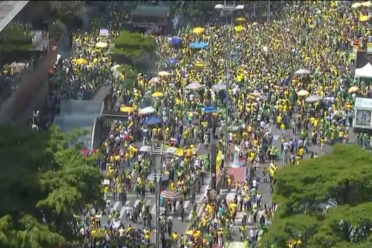 IMAGEM: São Paulo contra Bolsonaro