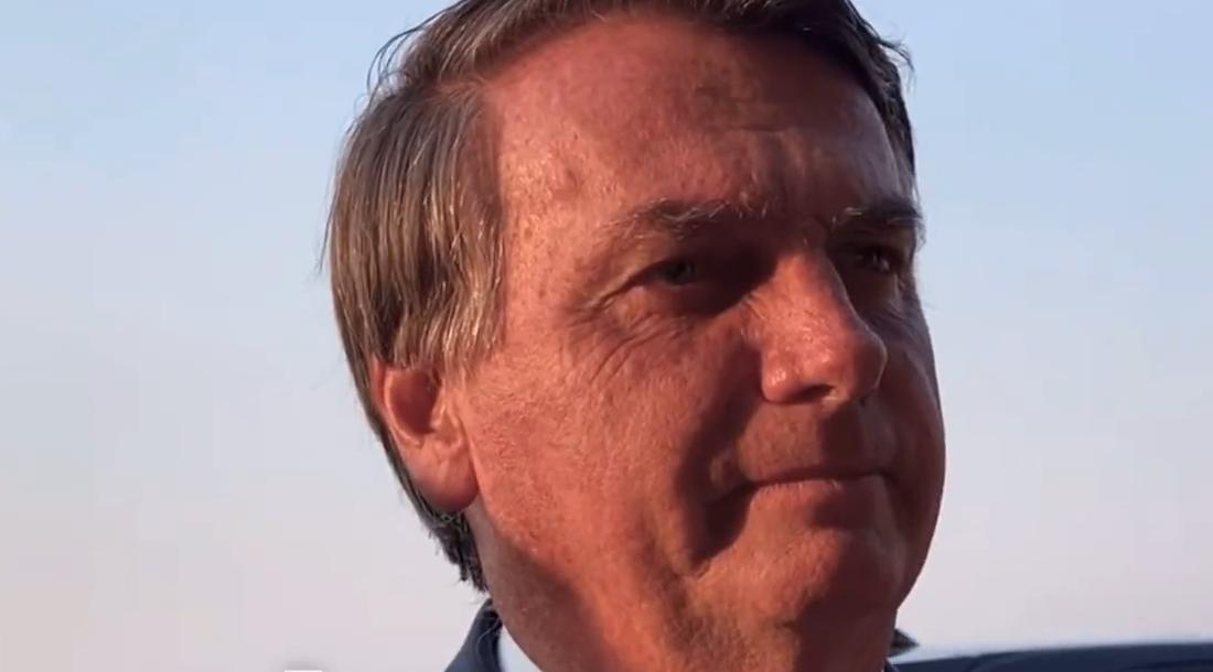 IMAGEM: Bolsonaro ignora apoiador que relata violência da PM no 7 de Setembro