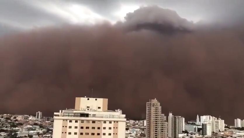 IMAGEM: Cidades paulistas são tomadas por tempestade de poeira