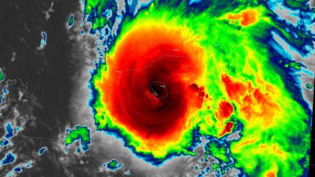 IMAGEM: Cidades dos EUA declaram emergência por chuvas torrencias