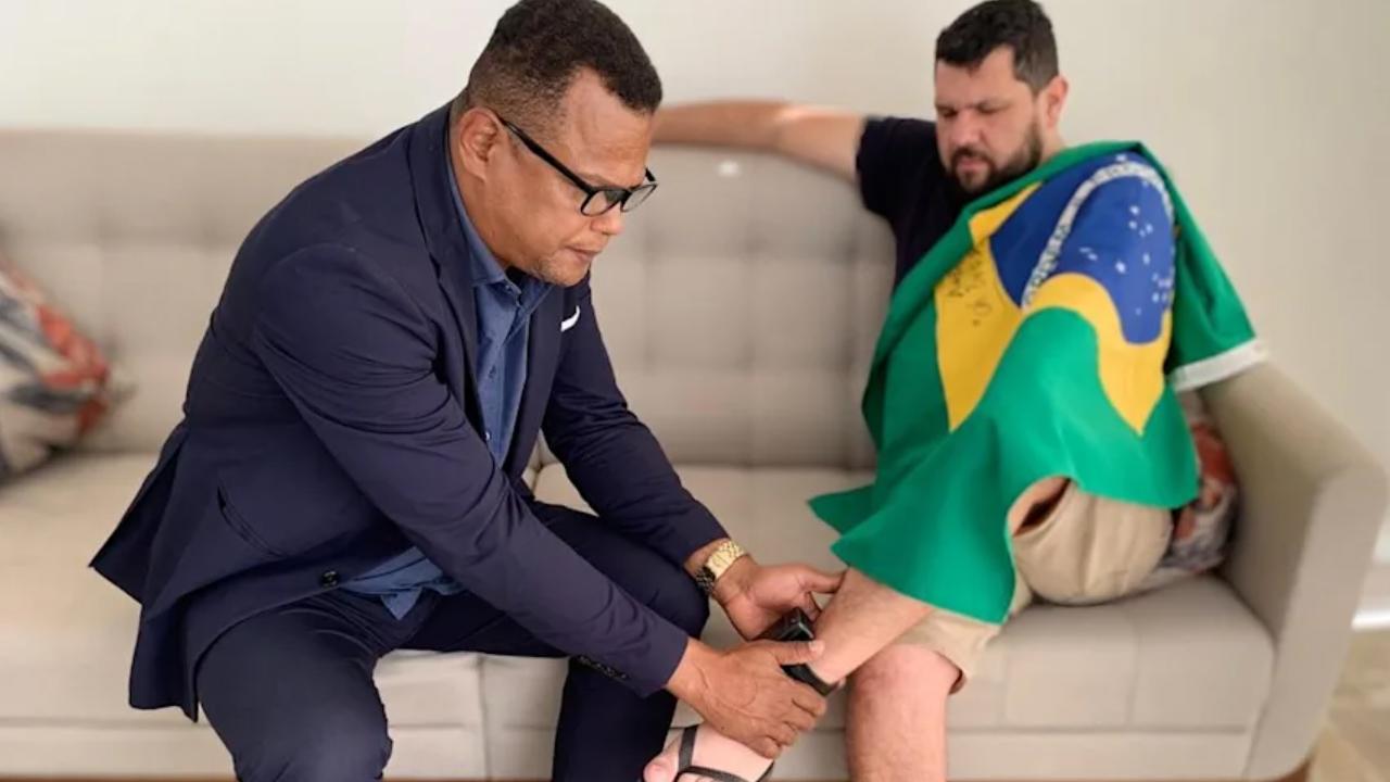 IMAGEM: Mulher de Oswaldo Eustáquio diz que Moraes revogou prisão
