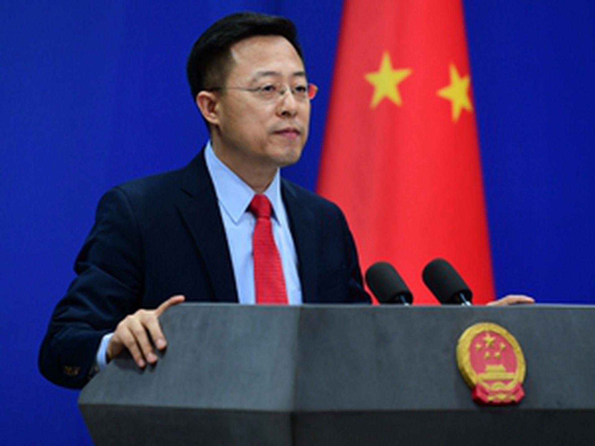 IMAGEM: China ataca acordo que permitirá à Austrália ter submarinos nucleares
