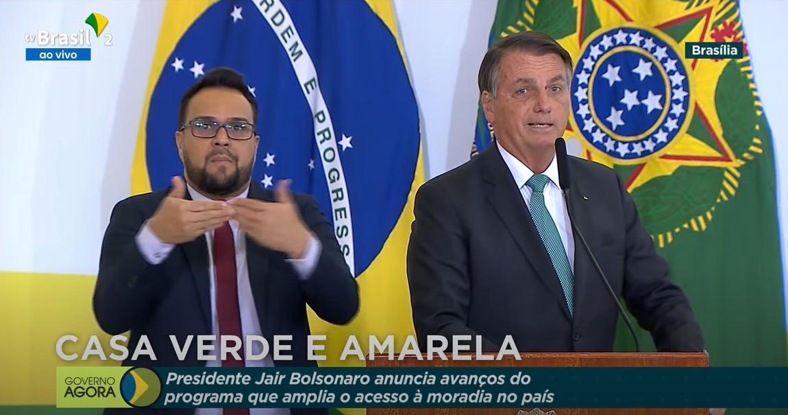 """IMAGEM: Bolsonaro: """"A gente pede a Deus que o STF não altere o marco das terras indígenas"""""""