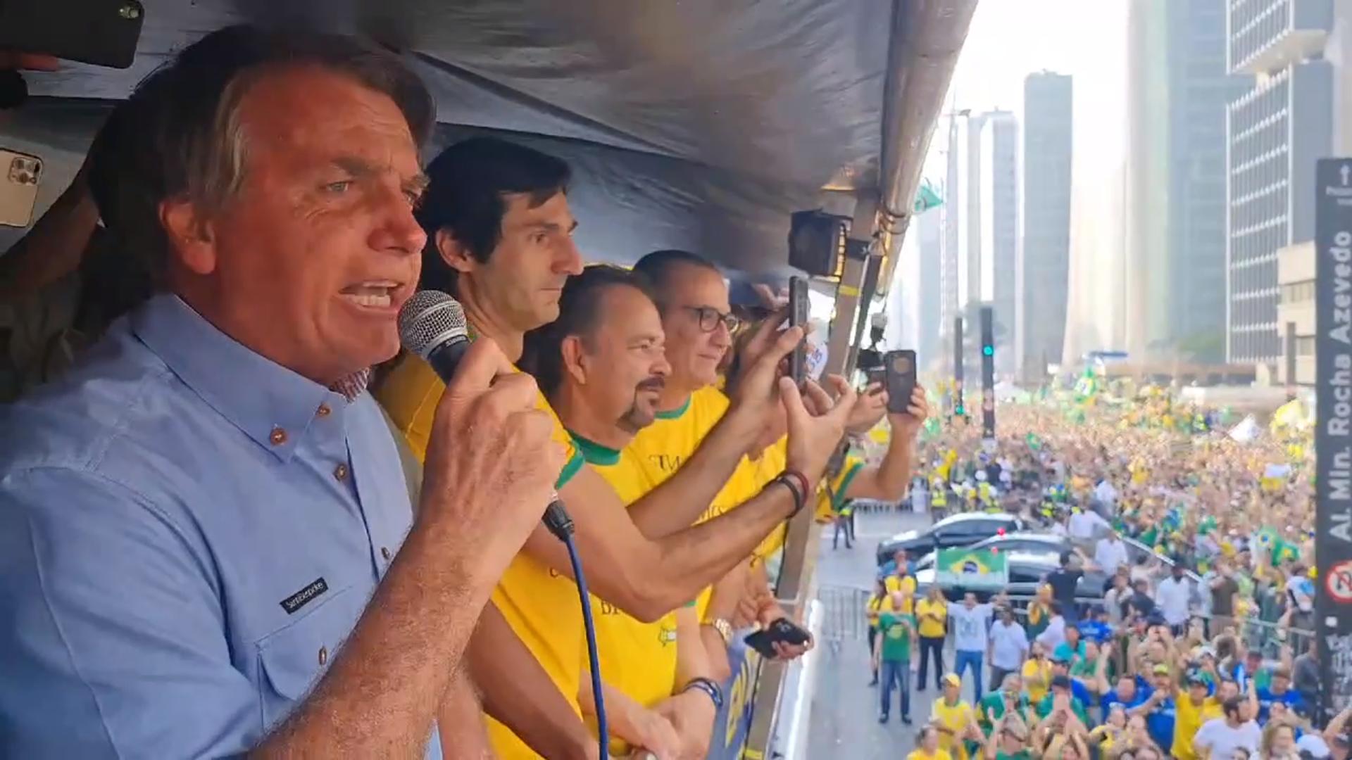 IMAGEM: O fracasso gigantesco de Bolsonaro