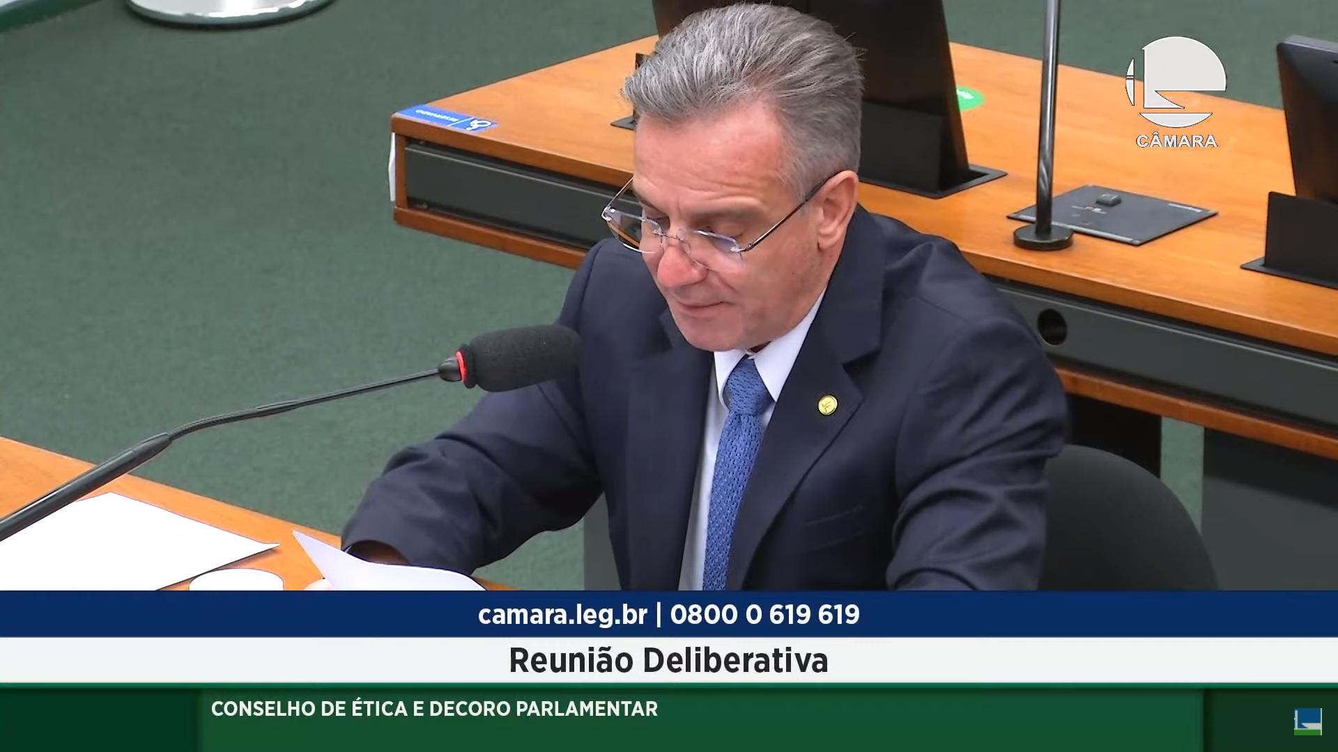 IMAGEM: Relator vota pela continuidade de processo contra Luis Miranda no Conselho de Ética